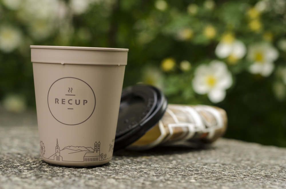 Nach Ablauf seiner Lebensdauer wird der RECUP recycelt. So können neue Produkte entstehen.
